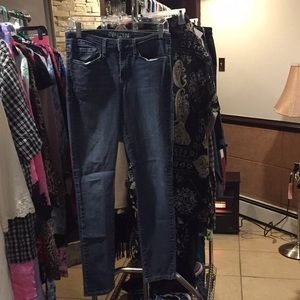 Levi Denizen 6/29 Skinny Jeans good condition